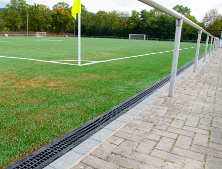 SPORTFIX CLEAN retains micoplastics from artificial turf pitch in Bühl